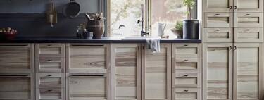 Los muebles de madera (maciza) o la tendencia más natural en la cocina