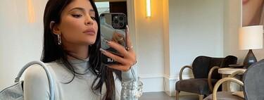 Kylie Jenner apuesta por una manicura francesa que es puro arte (abstracto)