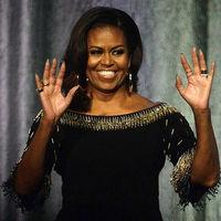 Michelle Obama luce un mono hecho a medida por Stella McCartney en una de sus últimas conferencias en Londres
