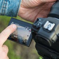 Canon confirma lo que ya imaginábamos: las nuevas EOS R5 y R6 se sobrecalientan al grabar vídeo a máxima resolución