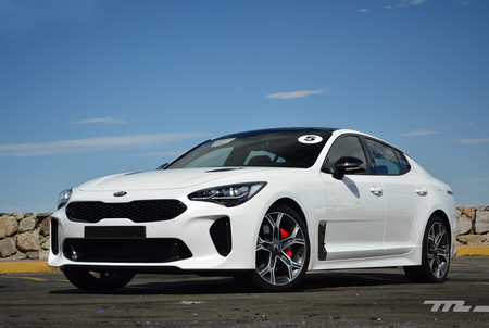 Kia Stinger Mexico 2
