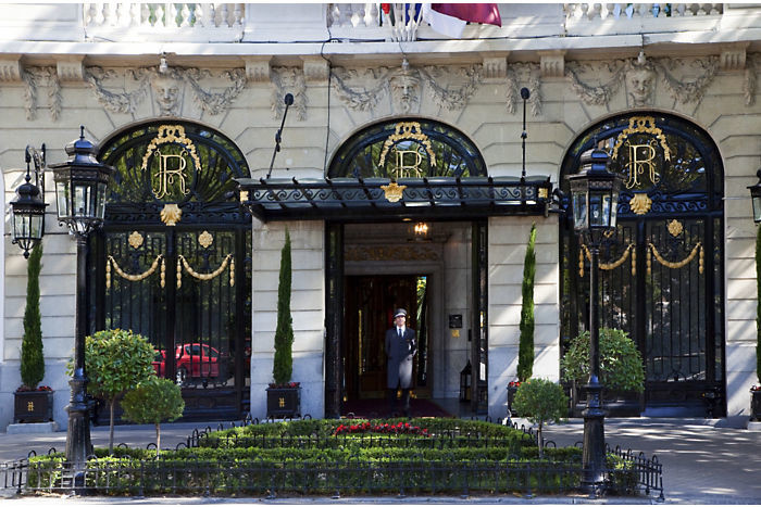 Hotelritz Entrance 1 1