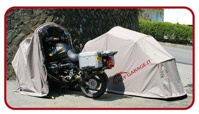 Easy Garage, un plegable para proteger tu moto