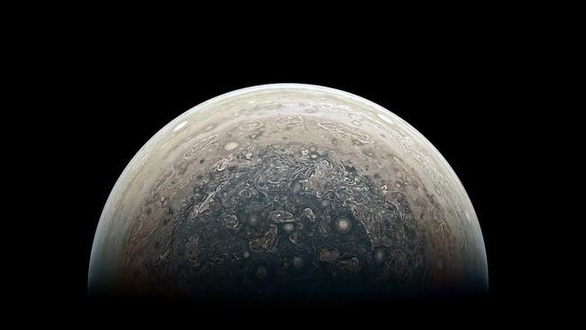 La imponente belleza de Júpiter en nuevas imágenes captadas por la sonda Juno