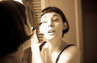 Pasa de maquillaje de día a maquillaje de noche con 3 pasos