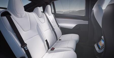 Tesla Model X 2021 Interior 2