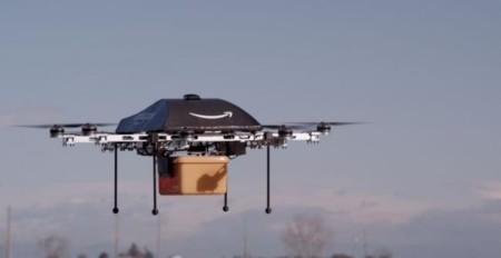 """""""Hola, soy un drone de Amazon y aquí está su pedido"""""""