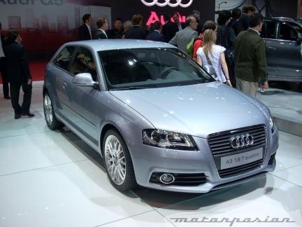 Audi presenta la nueva gama A3 y el SUV Q5 en el Salón de Madrid