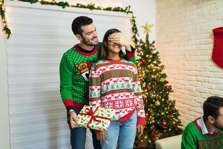 Y como cada año, aquí están los más festivos jerséis para llevar en navidad gracias a H&M