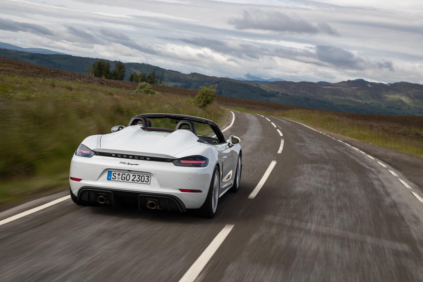 Foto de Porsche 718 Spyder (prueba contacto) (38/296)
