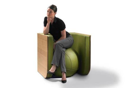 Switch la interesante mesa que se transforma en silla for Silla que se convierte en mesa