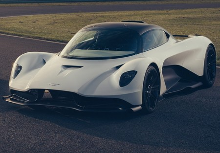 Aston Martin Valhalla 2020 1280 01