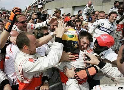 Lewis Hamilton vuelve al escenario de su primera victoria