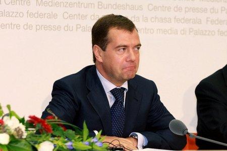 Medvedev propone adoptar licencias libres en Rusia