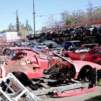 Dolorpasión™ es visitar el cementerio donde los Ferrari van a morir