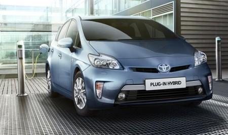 Toyota Prius plug-in hybrid a prueba (II) ¿Cómo me ayudan todos esos electrones?