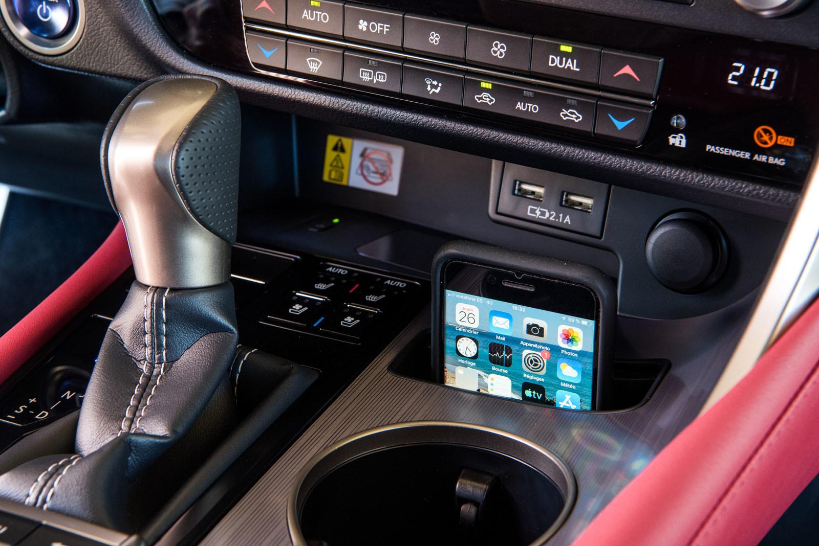 Foto de Lexus RX 2020 (presentación) (20/142)