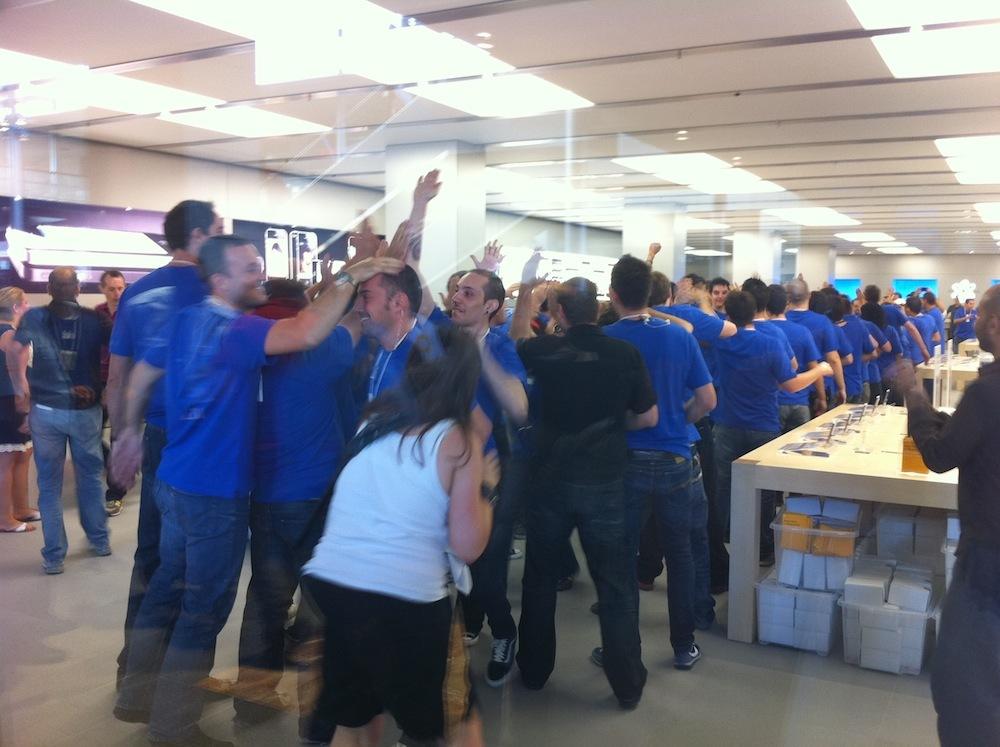 Foto de Inauguración Apple Store La Maquinista (40/93)