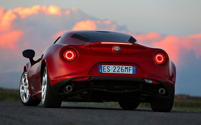 Foto de Alfa Romeo 4C llegará a México en 2014 (15/21)