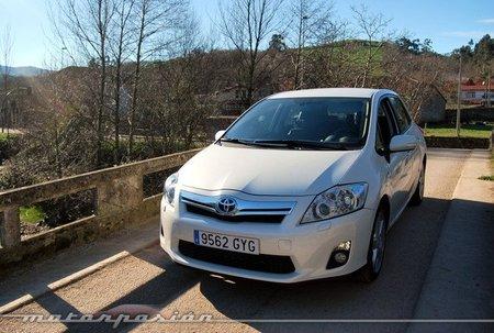 Toyota Auris HSD, prueba (equipamiento, versiones y seguridad)