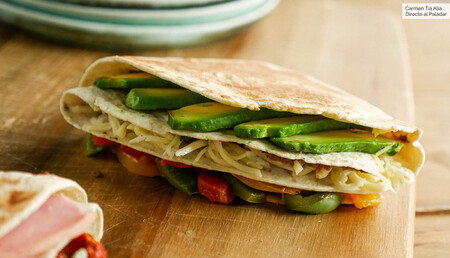 Cuatro recetas muy fáciles con las que hacer en casa las quesadillas y wraps virales de TikTok