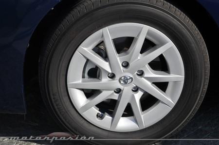 Llanta Toyota Prius+