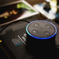 Amazon admite que conserva algunos algunos datos de Alexa de forma indefinida, incluso si el usuario elimina la grabación de voz