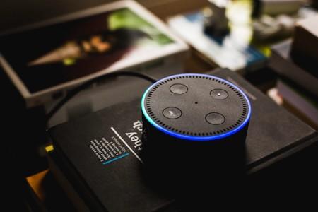 Amazon admite que conserva algunos datos de Alexa de forma indefinida, incluso si el usuario elimina la grabación de voz