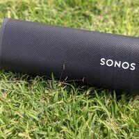 Sonos actualiza el altavoz Roam mejorando la autonomía, la conexión estéreo con otro altavoz y de paso actualiza la app Sonos S2