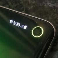 Probamos Energy Ring: así es la app que utiliza el agujero de los Galaxy S10 como indicador de batería