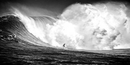 Ive Spent A Month In Hawaii Photographing Stunning Waves And Surfers 4 880