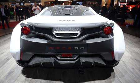 Racemo, un deportivo conectado de Tata Motors