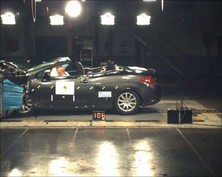 Peugeot desbanca a Renault en el Euro NCAP