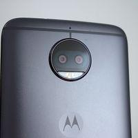 Motorola actualiza su aplicación de cámara para 2018 con un diseño más práctico y botones centrados