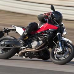Foto 77 de 111 de la galería husqvarna-nuda-900-y-900r-datos-y-fotos-oficiales en Motorpasion Moto