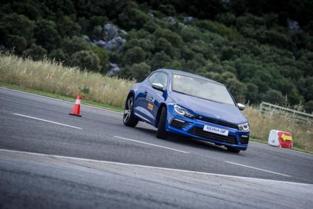 """Planes de fin de semana: Rodar en Ascari con los Volkswagen R, ahora también para """"novatos"""""""