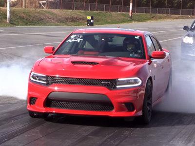 Este Dodge Charger Hellcat despacha el cuarto de milla en menos de 10 segundos (vídeo)