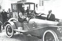 Alfonso XIII y su Hispano Suiza