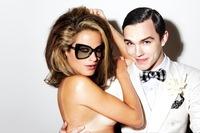 Tom Ford sigue desnudando a sus modelos para su línea de gafas