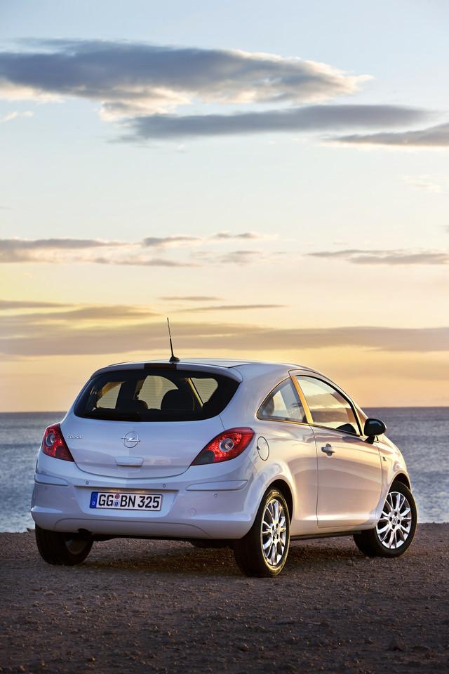 Foto de Opel Corsa 2010 (27/72)