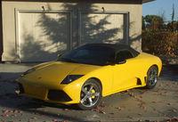 ¿Qué pasa si mezclamos un Pontiac Solstice con un Lamborghini?