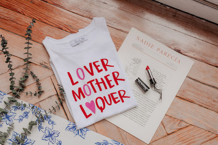 Lucia Be Pack Red Mother Camiseta Y Lipstick 37 95eur Www Luciabe Com 7