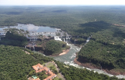 Las Catarátas del Iguazú vistas en helicóptero