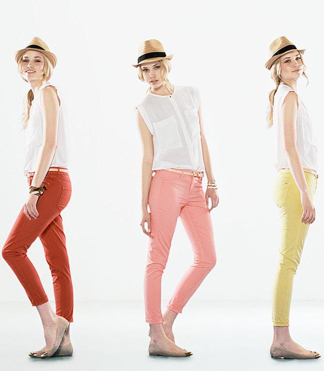 Jeans de colores Mango