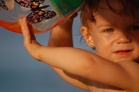 Cremas solares para los bebés, ¿con filtro físico o químico?