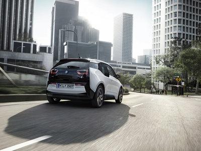 Aliados para electrificar Europa: BMW, Mercedes, Ford y Volkswagen crearán su red de recargas rápidas