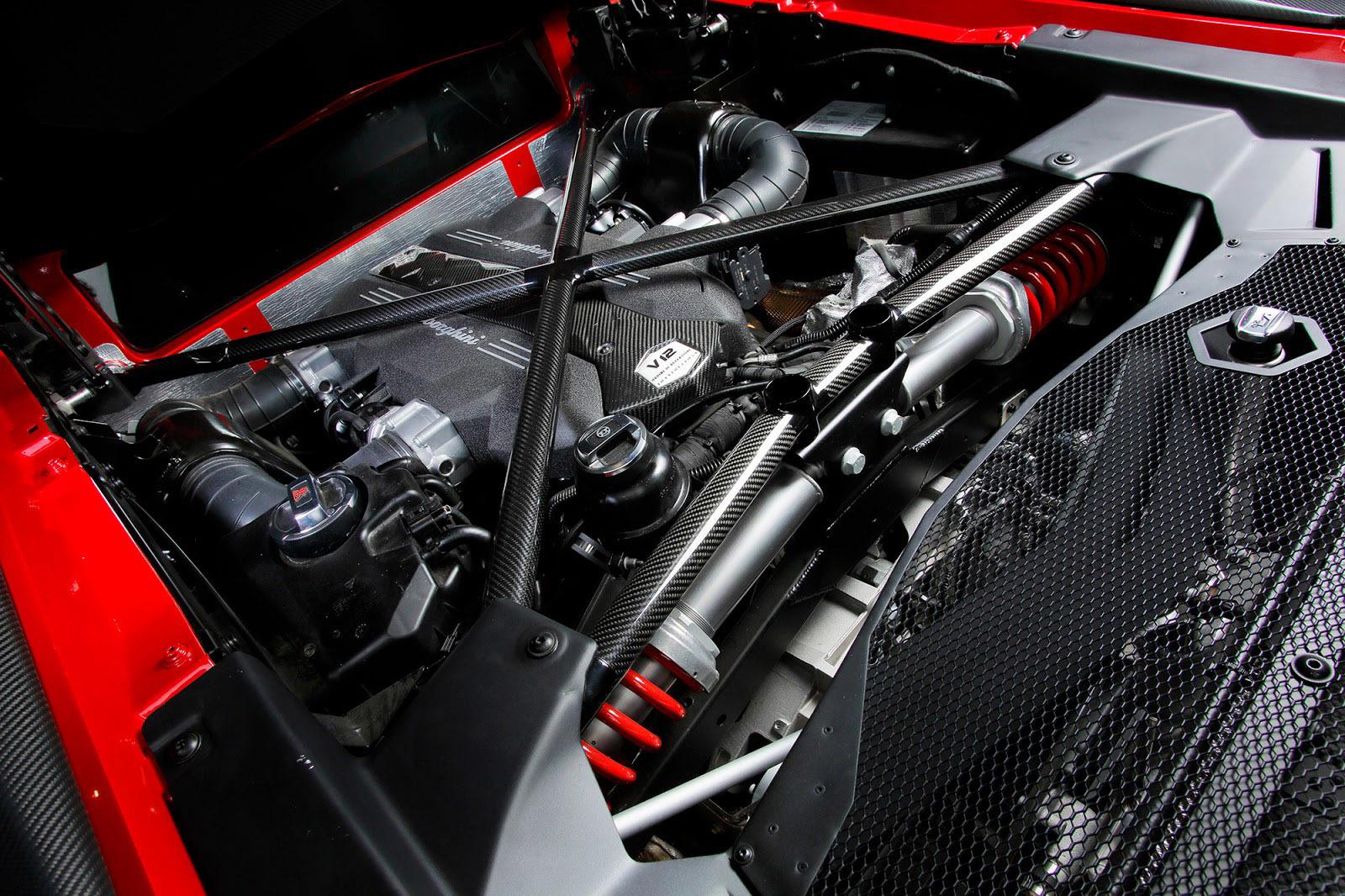 Foto de Lamborghini Aventador SV (8/21)