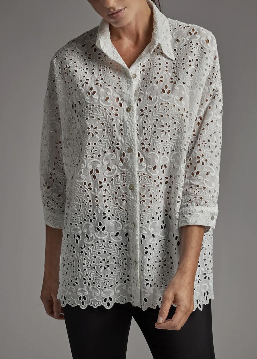 Camisa de mujer oversize bordado ingles