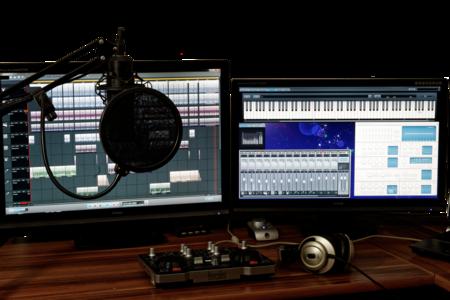 Studio 1004158 1920