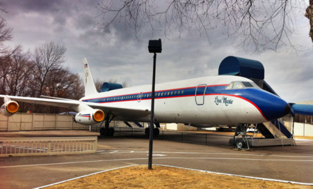 Avion Elvis Graceland